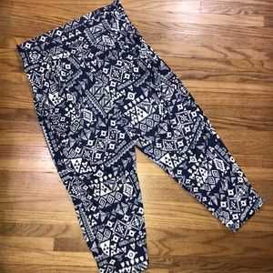 French Laundry Tribal Print Casual Crop Pant